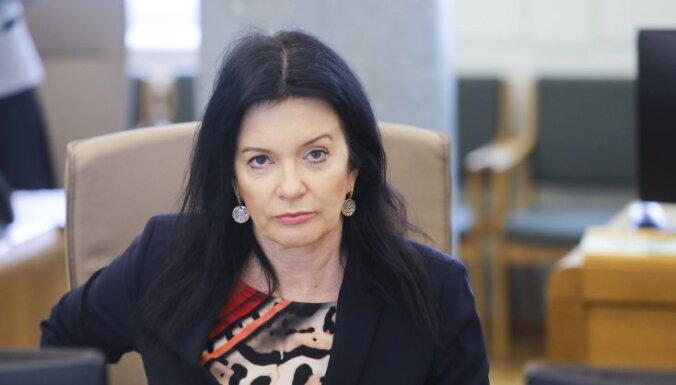 Labklājības ministre Ramona Petraviča uz laiku nolikusi Saeimas deputātes mandātu